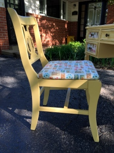 yellowdeskchair