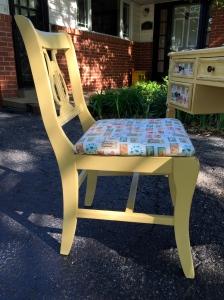 yellowdeskchair